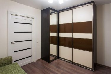 Шкаф-купе для гостиной Барроу