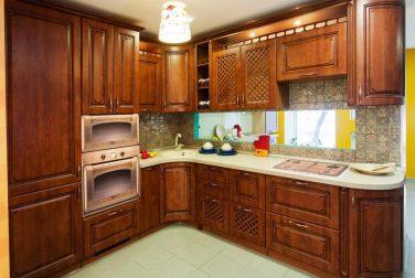 Большая кухня Имола